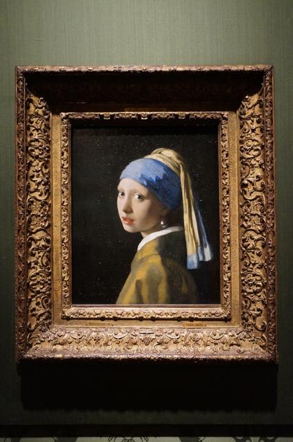 la jeune fille à la perle-vermeer-maurithuis