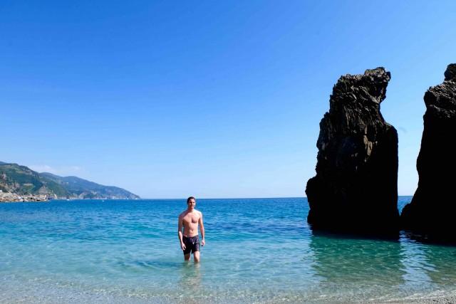plage-monterosso-cinque-terre-italie