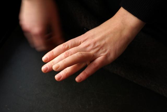 Nadja-Buttendorf-Fingerring-bague-doigt