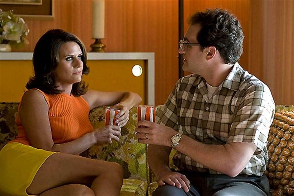 a-serious-man-annes-60-couple-verre