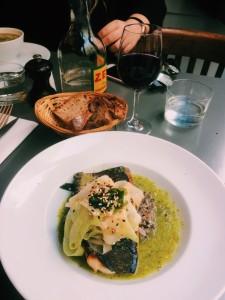 cafe de mars repas plat poisson paris 7