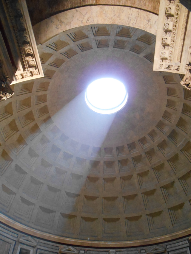 rome-pantheon-coupole-occulus
