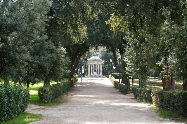 rome-parc-borghese-promenade-romantique